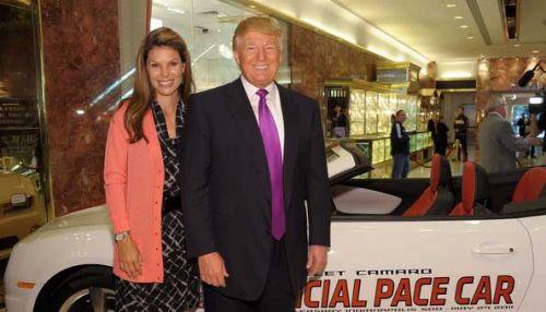 Donald Trump 4 2 E