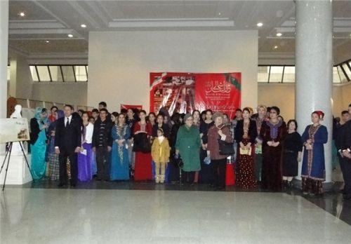 b_500_500_16777215_00_images_Turkmenistan_Nmaysgah-F-H_02.jpg