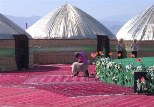 b_500_500_16777215_00_images_Turkmenistan_Noroz-Tm2.jpg