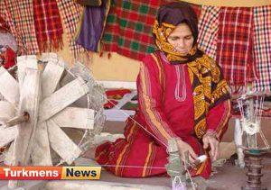 بافی گلستان.jpg1  300x211 - صنعت ابریشم بافی ریشه در تاریخ استان گلستان