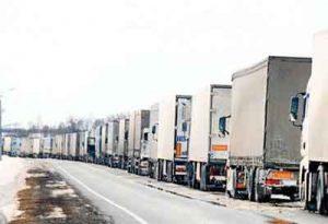 اکمیون های ایانی 300x205 - ازبکستان محدودیتهای ترانزیتی کامیونهای ایرانی را لغو کرد