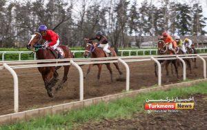 بهاره ترکمن نیوز 300x188 - هفته هجدهم مسابقات اسبدوانی بهاره و اولین کورس 1400 گنبدکاووس برگزار شد+ عکس