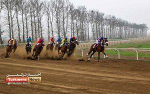 ترکمن نیوز 15 300x188 - روز اول هفته پانزدهم مسابقات اسبدوانی زمستانه گنبدکاووس برگزار شد+عکس