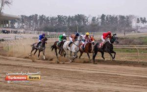هفته پانزدهم 300x188 - روز دوم هفته پانزدهم مسابقات اسبدوانی زمستانه گنبدکاووس برگزار شد+عکس