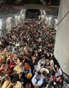 236x300 - ۱۳ کشور از افغانهای مهاجر میزبانی میکنند + اسامی