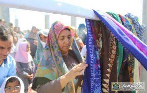 روسری برای ساخت مدرسه شهرستان مراوه تپه 5 300x190 - زنان ترکمن روسریهای خود را برای ساخت مدرسه اهدا کردند+ عکس