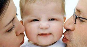 1 300x161 - خطرات بوسیدن نوزاد و بلایی که بوسه های شما بر سر نوزاد می آورد