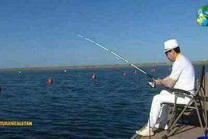دریای خزر 300x200 - ممنوعیت شنا و ماهیگیری در دریای خزر برای ترکمنها
