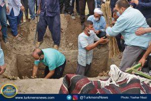 """و خاکسپاری دکتر عبدالجلیل غیادی 12 300x202 - مرحوم """"عبدالجلیل غیادی"""" در خاک زادگاهش آرام گرفت+تصاویر"""