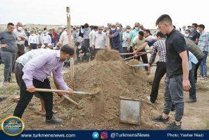 """و خاکسپاری دکتر عبدالجلیل غیادی 17 300x202 - مرحوم """"عبدالجلیل غیادی"""" در خاک زادگاهش آرام گرفت+تصاویر"""