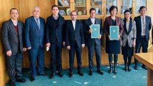 نامه همکاری تهران تاشکند 300x169 - تفاهمنامه میان دانشگاههای تهران و تاشکند امضا شد