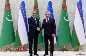 ازبک 1 300x198 - دیدار روسای جمهور ترکمنستان و ازبکستان برای گسترش مراودات دو کشور+عکس