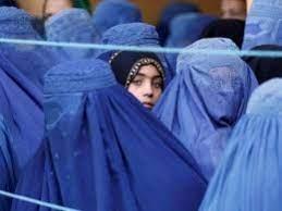 در افغانستان - طالبان: حجاب در افغانستان اجباری است، نه برقع
