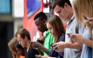 اصلاحی شانه 300x188 - ورزشی ویژه شما که زیاد از موبایل استفاده می کنید