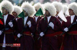 حضور بسیجیان ترکمن در رژه نیروها در تهران