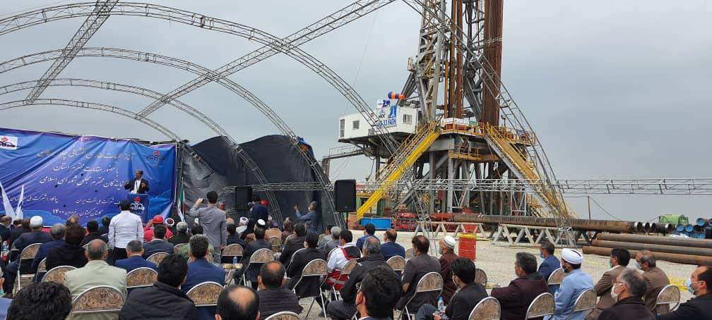 نفت کوموش دفه - از ترکمن صحرا بوی نفت به مشام میرسد