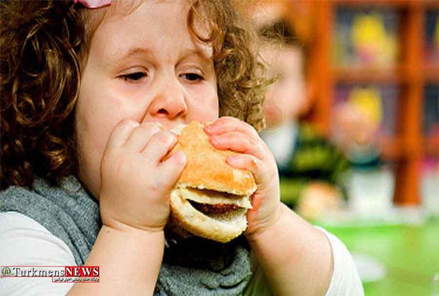 دو راهی کودکان برای خوردن یا نخوردن غذا