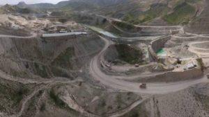 سیلاب 300x169 - سدسازی و انتقال آب به نظام رودخانهها آسیب زد