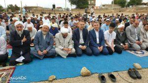 نماز عید مراوه تپه 2 300x169 - 5 میلیارد تومان اعتبار برای زیرساختهای گردشگری مراوهتپه اختصاص یافت