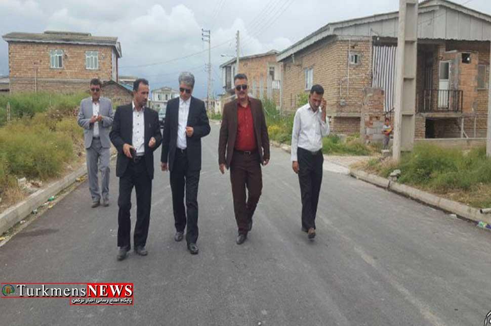 فرماندار شهرستان ترکمن از روند اجرای طح هادی در روستاها بازدید کرد