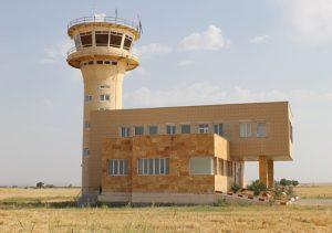 کلاله 1 300x211 - تعطیلی چندباره فرودگاه کلاله و سرمایهای که هدر میرود