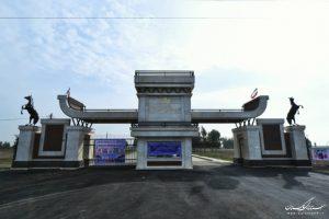 سوارکاری آق قلا 300x200 - چمن مصنوعی، سر درب و جایگاه تماشاگران سوارکاری شهرستان آق قلا افتتاح شد