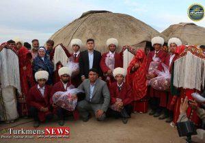 ازدواج آسان 8 زوج در گنبدکاووس 3 300x209 - آغاز زندگی 8 زوج ترکمن با برگزاری آداب و رسوم سنتی+گزارش تصویری