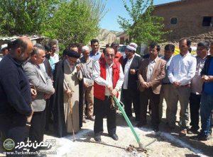 تپه بازسازی منازل 300x222 - بازسازی واحدهای مسکونی تخریبی سیلاب در مراوه تپه آغاز شد