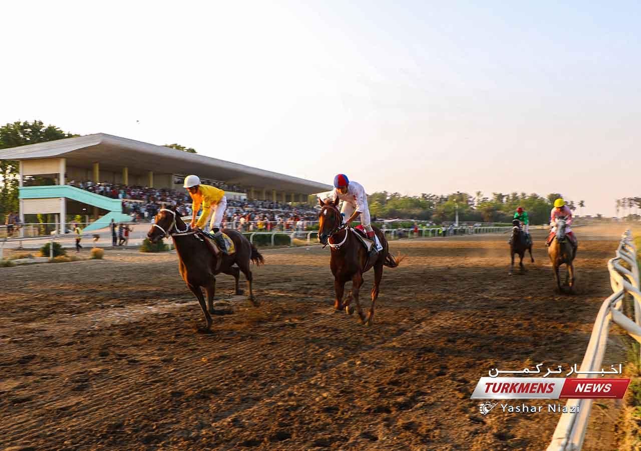 هفته بیست و یکم و قهرمانی کورس اسبدوانی گنبدکاووس برگزار میشود