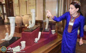ترکمنستان 4 300x187 - موزه ملی ترکمنستان، تلاشی برای ملت سازی