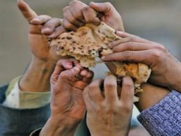1 - گلایه روستاییان گنبدکاووس از کمبود و کیفیت پایین نان