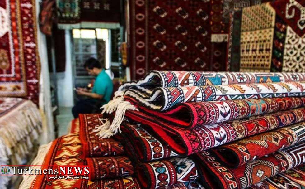 نصب تابلوهای منقش به فرش ترکمن، مقدمه ثبت جهانی فرش ترکمن است