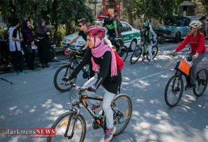 دوچرخه سواری روز جمعه در گرگان برگزار می شود 300x204 - همایش دوچرخه سواری روز جمعه در گرگان برگزار می شود