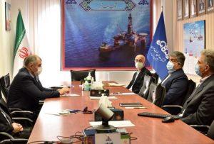 های نفتی ایران و ترکمنستان 300x203 - بررسی راهکارهای گسترش همکاریهای نفتی ایران و ترکمنستان