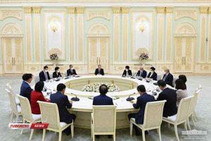پارلمانی کره جنوبی با رئیس جمهور ازبکستان 6 300x201 - هیأت پارلمانی کره جنوبی با رئیس جمهور ازبکستان دیدار کرد+ تصاویر