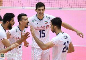 ایران کانادا1 300x209 - نخستین پیروزی والیبال ایران با جوانان