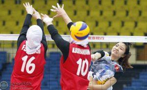 بانوان 300x185 - بانوان والیبالیست ایران به مصاف کرهایها رفتند