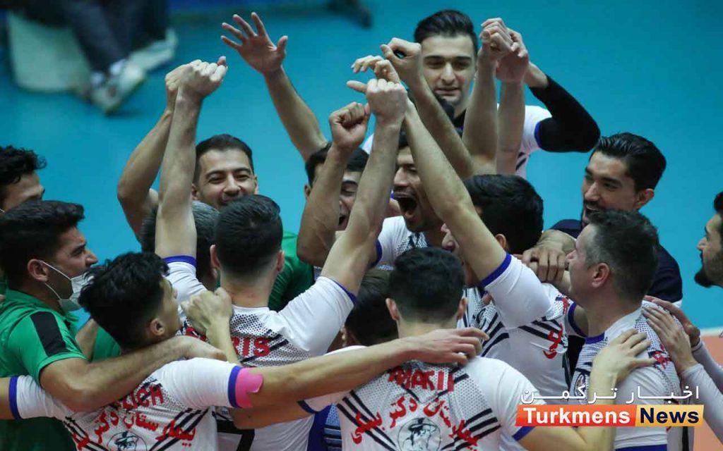 ترکمن نیوز 1 3 1024x640 - تشویق تیم والیبال شهرداری گنبدکاووس با جایزه نقدی گروه صنعتی صباح