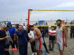 نماینده گلستان قهرمان رقابت های والیبال ساحلی کارگران کشور شد