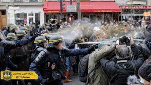 توحیدی تصویر بردار صدا و سیما در حمله پلیس ضد شورش فرانسه مصدوم شد