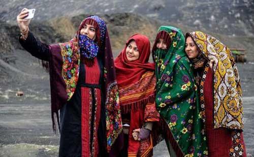 سنتی قوم ترکمن خراسان شمالی - روایتگری فرهنگ و تاریخ با پوشاک سنتی قوم ترکمن خراسان شمالی