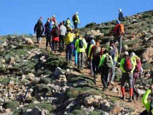 گلستان 300x226 - کوهنوردی با طعم کرونا در ارتفاعات گلستان