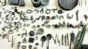 شی تاریخی 300x169 - کشف بیش از 5 هزار شی تاریخی در شهرستان گنبدکاووس