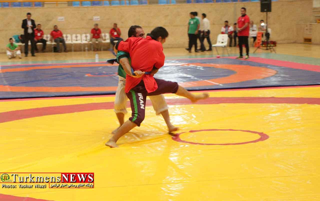 2 45 - مسابقات گورش کشور به میزبانی گنبدکاووس در سالن المپیک برگزارشد