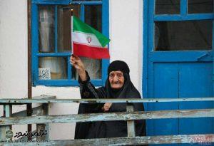 22 بهمن ترکمن5 300x205 - جشن باشکوه 40 سالگی انقلاب در استان گلستان برگزار شد+تصاویر