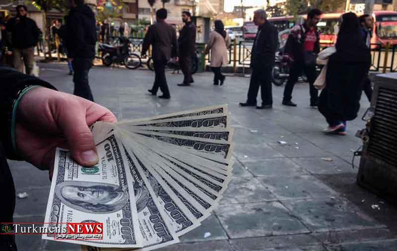 صف فروش دلار در کانال 9 هزار تومان