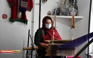 7 46 300x187 - بازدید مدیرکل دفتر امور زنان و خانواده استانداری گلستان از کارگاه تخصصی ابریشم در شهرستان رامیان