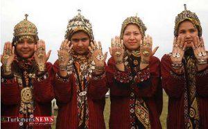 ساخت زیور آلات سنتی زنان و دختران ترکمن رو به فراموشی