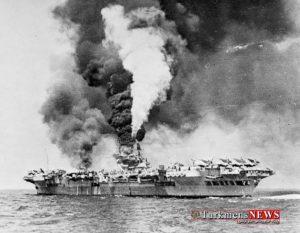 772px HMS Formidable 67 on fire 1945 w700 300x233 - «لرزاننده بهشت»: اژدر انتحاری ژاپنی که به کابوس کشتی های آمریکایی تبدیل شد