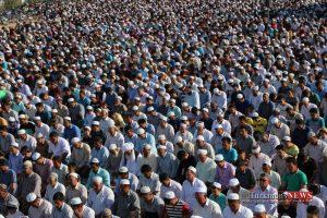 8 32 TN 79 300x200 - نماز عید سعید قربان در عیدگاه اهل سنت گنبد کاووس برگزار شد/گزارش تصویری